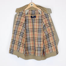 Load image into Gallery viewer, Vintage Burberry Harrington Small