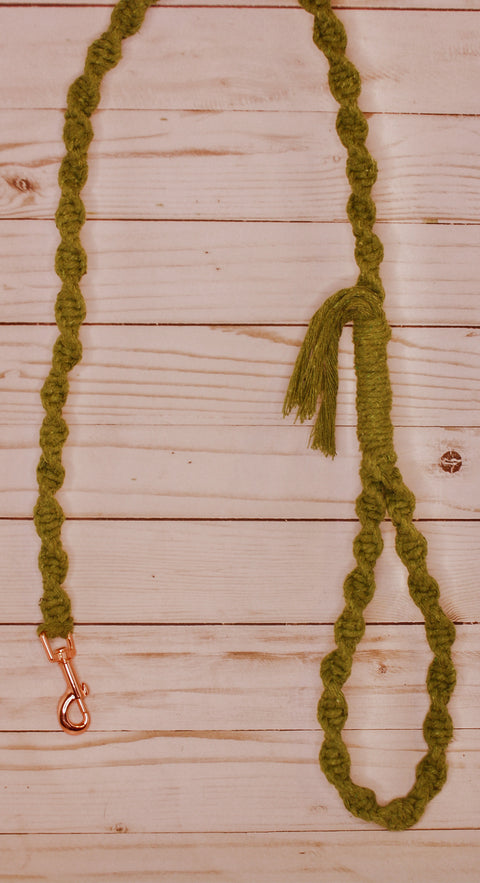 Macramé Spiral Knot Leash (Fringe End)