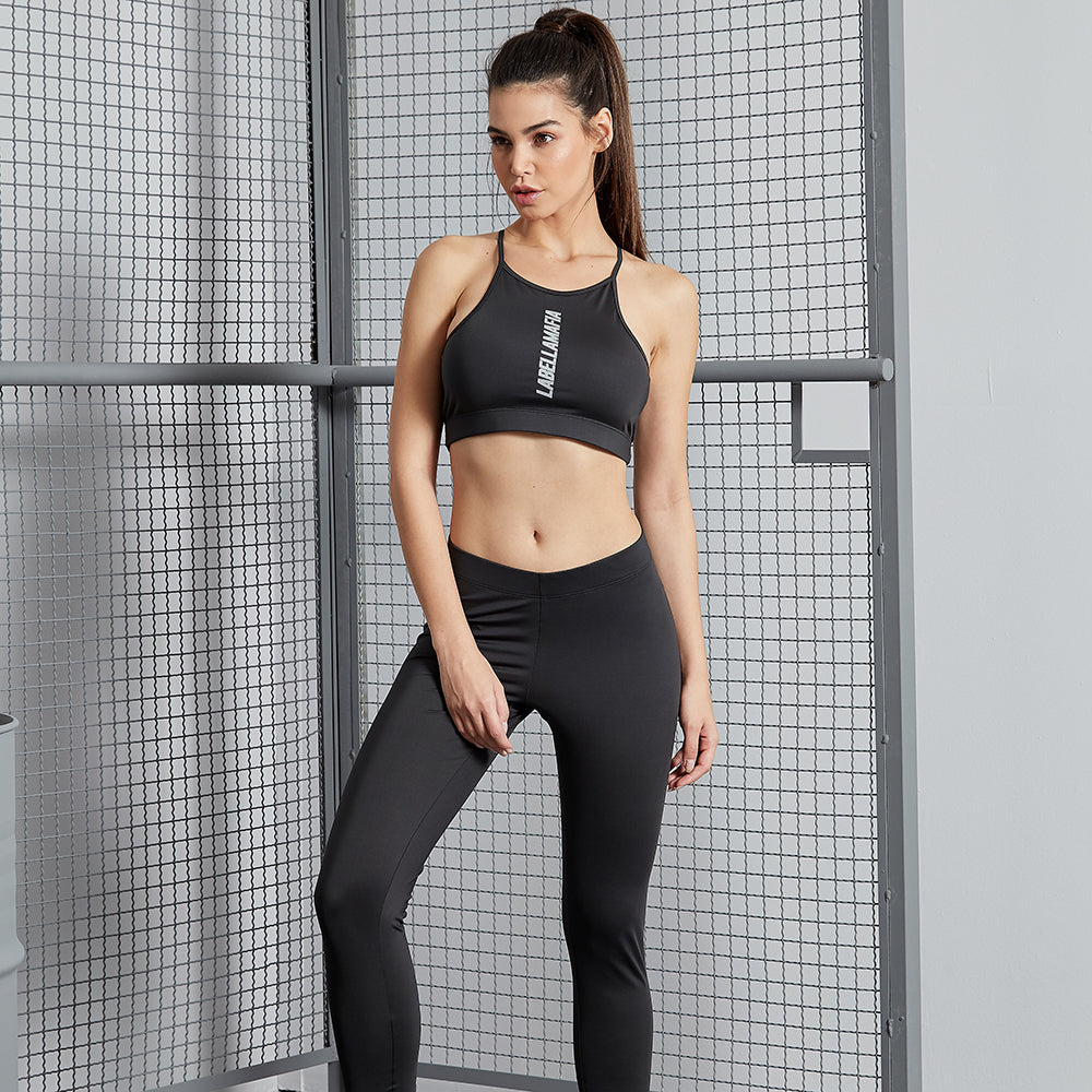 ESSENTIALS LABELLAMAFIA BLACK FITNESS SET