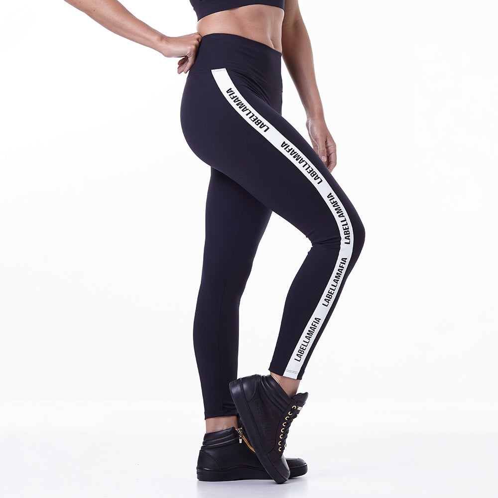 Legging Essentials Closer