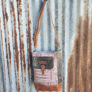 Luguni and Cowhide Crossbody Front