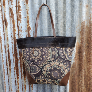 Cream Spiral Cowhide Tote Front