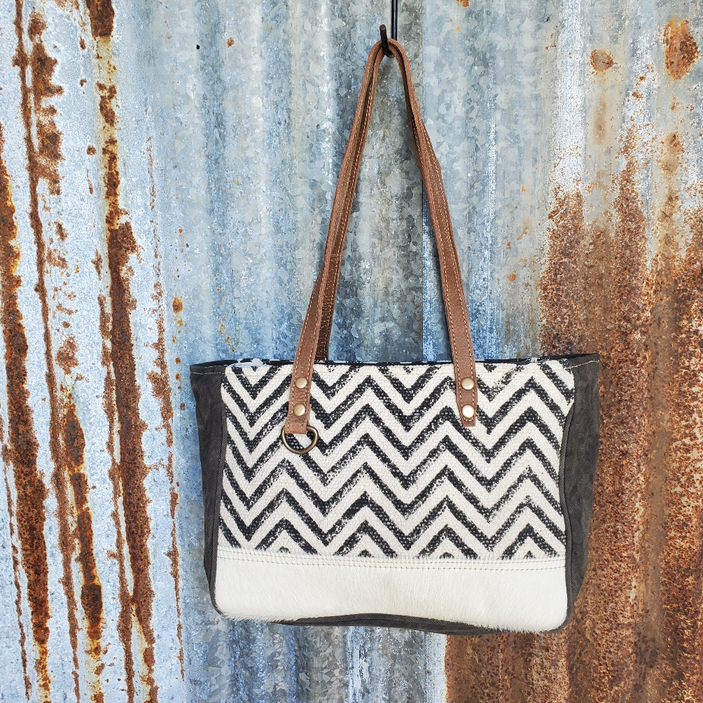 Chevron Shoulder Bag Front