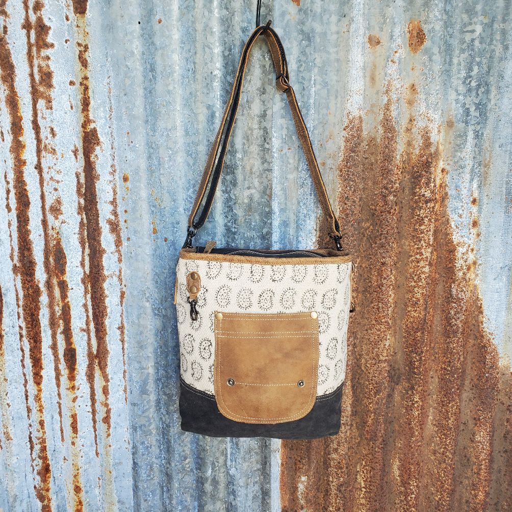 Oval Pattern Cross Body Front