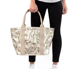 Load image into Gallery viewer, Genevieve Small Bag, Metallic Platinum
