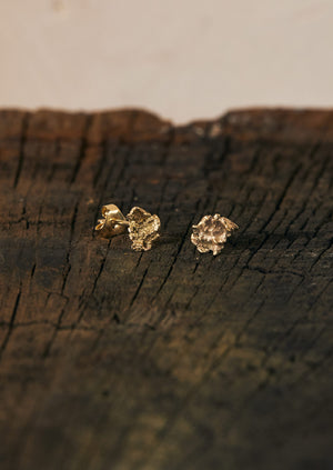 Jodie Metcalfe Small Nugget Stud Earrings | Gold