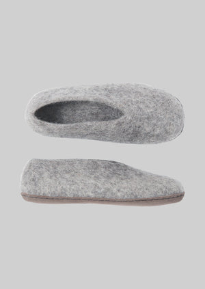 V-Front Felted Wool Slippers | Natural Grey