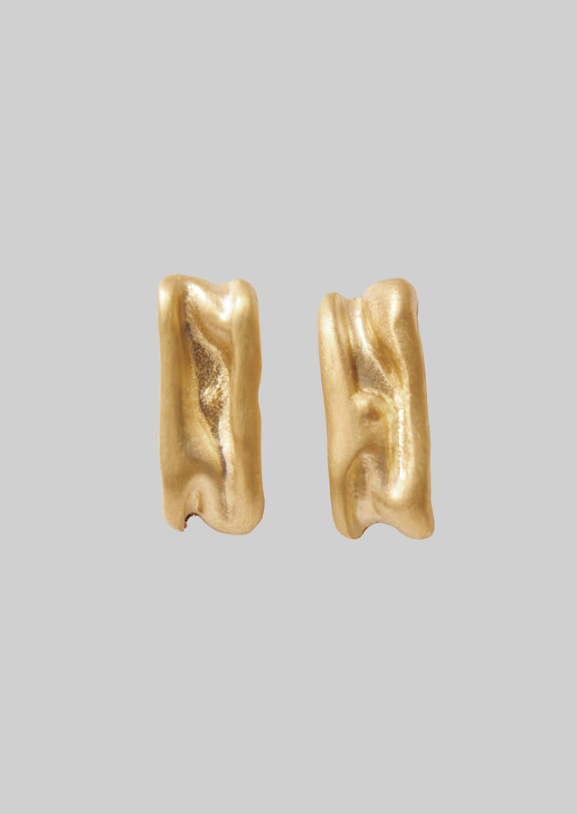 Emma Aitchison Linear Ripple Earrings | Gold