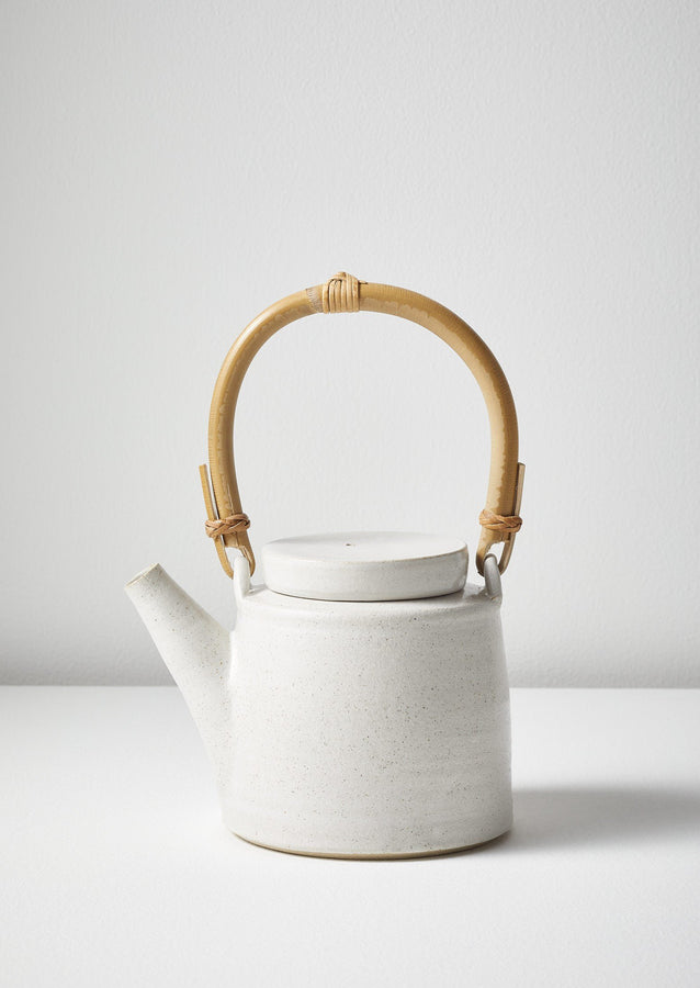 Lucy Rutter Teapot | White