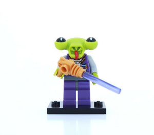 NEW LEGO MINIFIGURES SERIES 3 8803 - Space Alien