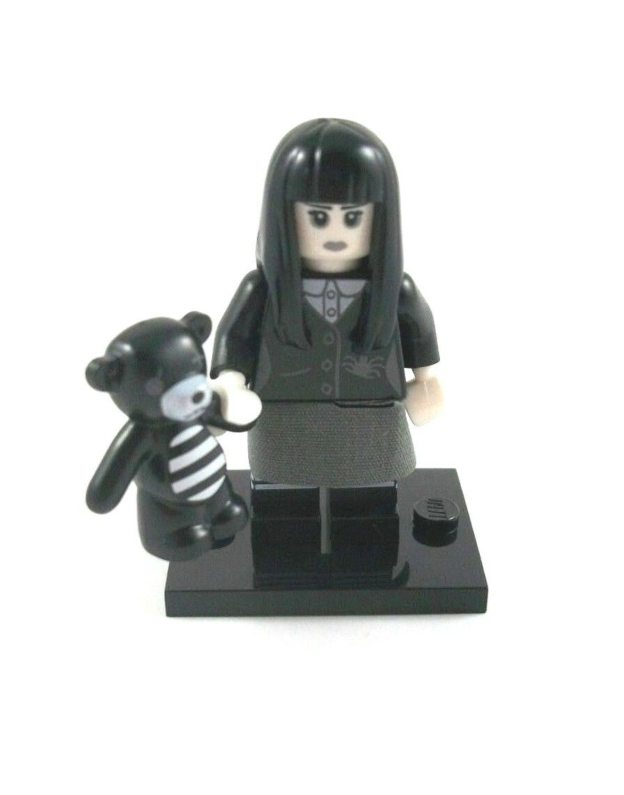 NEW LEGO MINIFIGURES SERIES 12 71007 - Goth Girl - UNUSED ONLINE CODE
