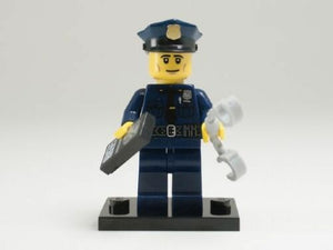 NEW LEGO MINIFIGURES SERIES 9 71000 - Policeman