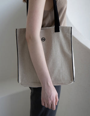 biscuit bag  (L-shoulder) - black
