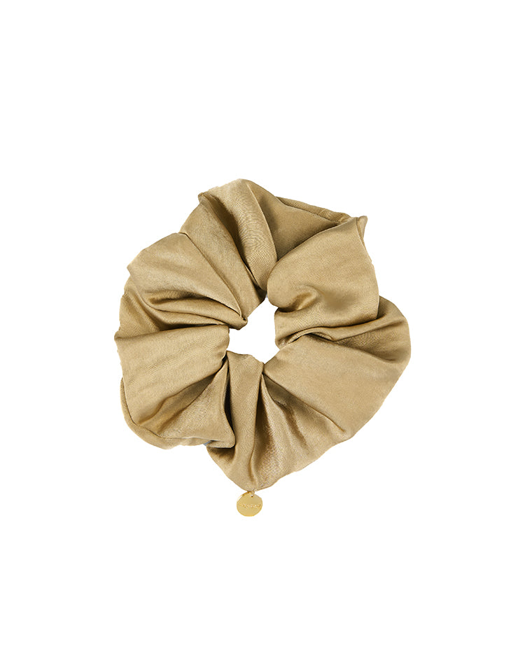 charm scrunchie (gold)