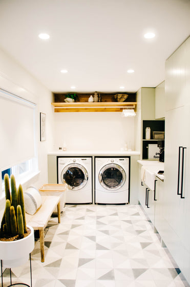 Space Lift | Vancouver Laundry Room