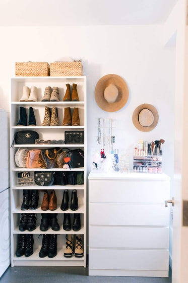 Space Lift: Blogger Closet