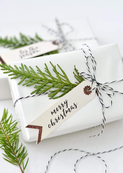 5 Holiday Gift Wrapping Ideas We Will be Copying This Year