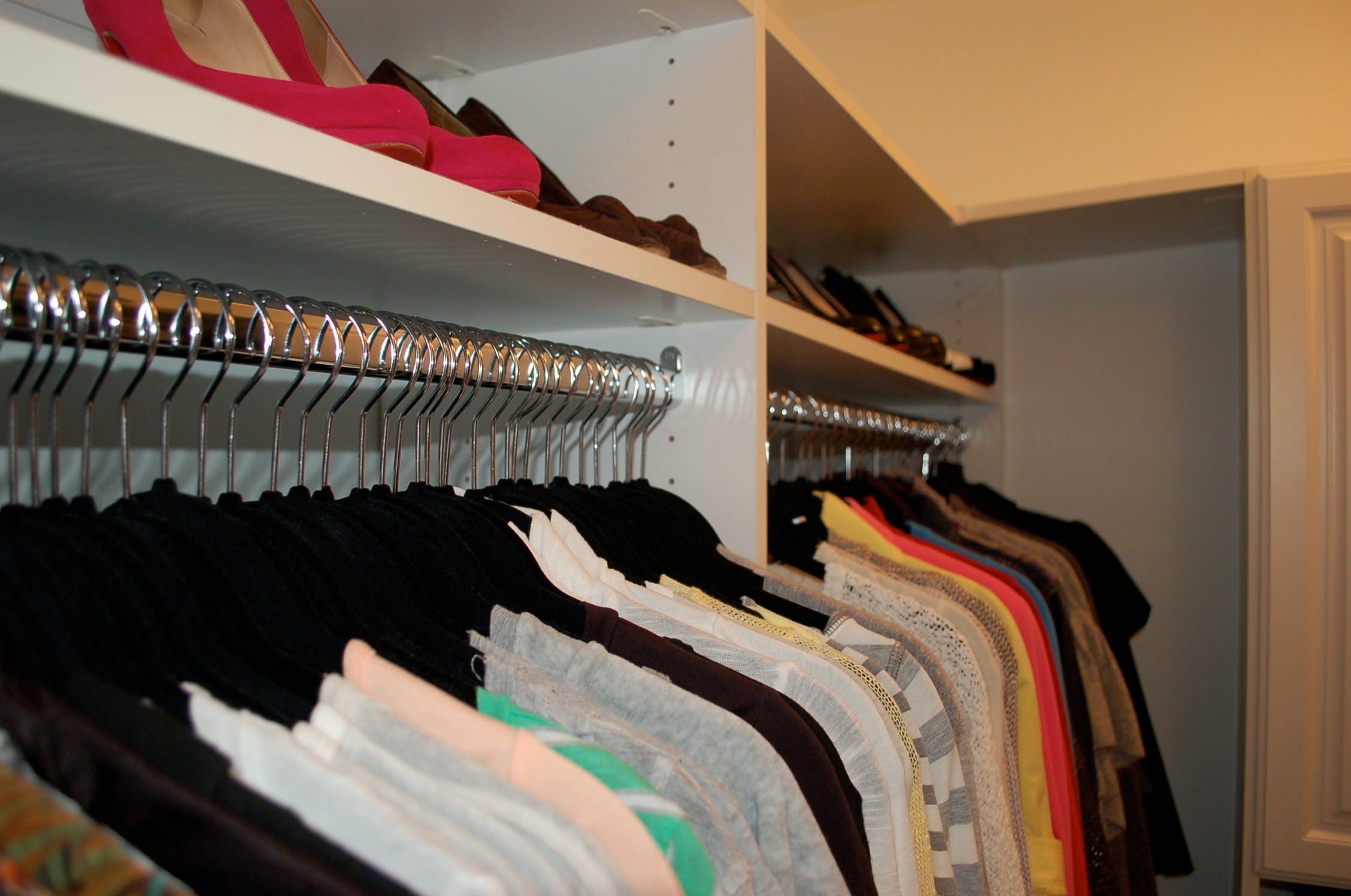 organized closet, Erin Vondra, Imperfect Polish, black hangers, color coded, Chicago home