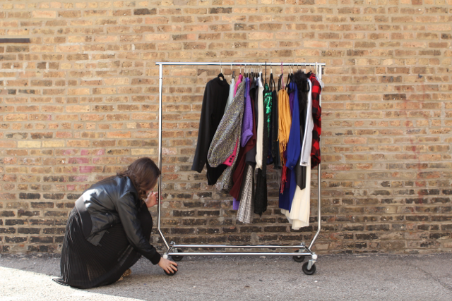 Jessi Sheehan, Evolve, chicago, blogger, chicago blogger, stylist, chicago stylist, clothes hanging, clothes hanger, valet rod, hanging rack, clothes rack