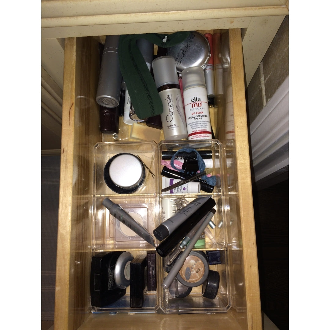 Ashley Murphy, Chicago, makeup, bathroom, messy drawers, organize makeup, professional organizer