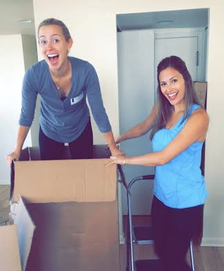 ashley murphy, brooke ruder, neat method, home organizers, home organizers in chicago, chicago movers, moving tips, moving boxes, girls with moving boxes