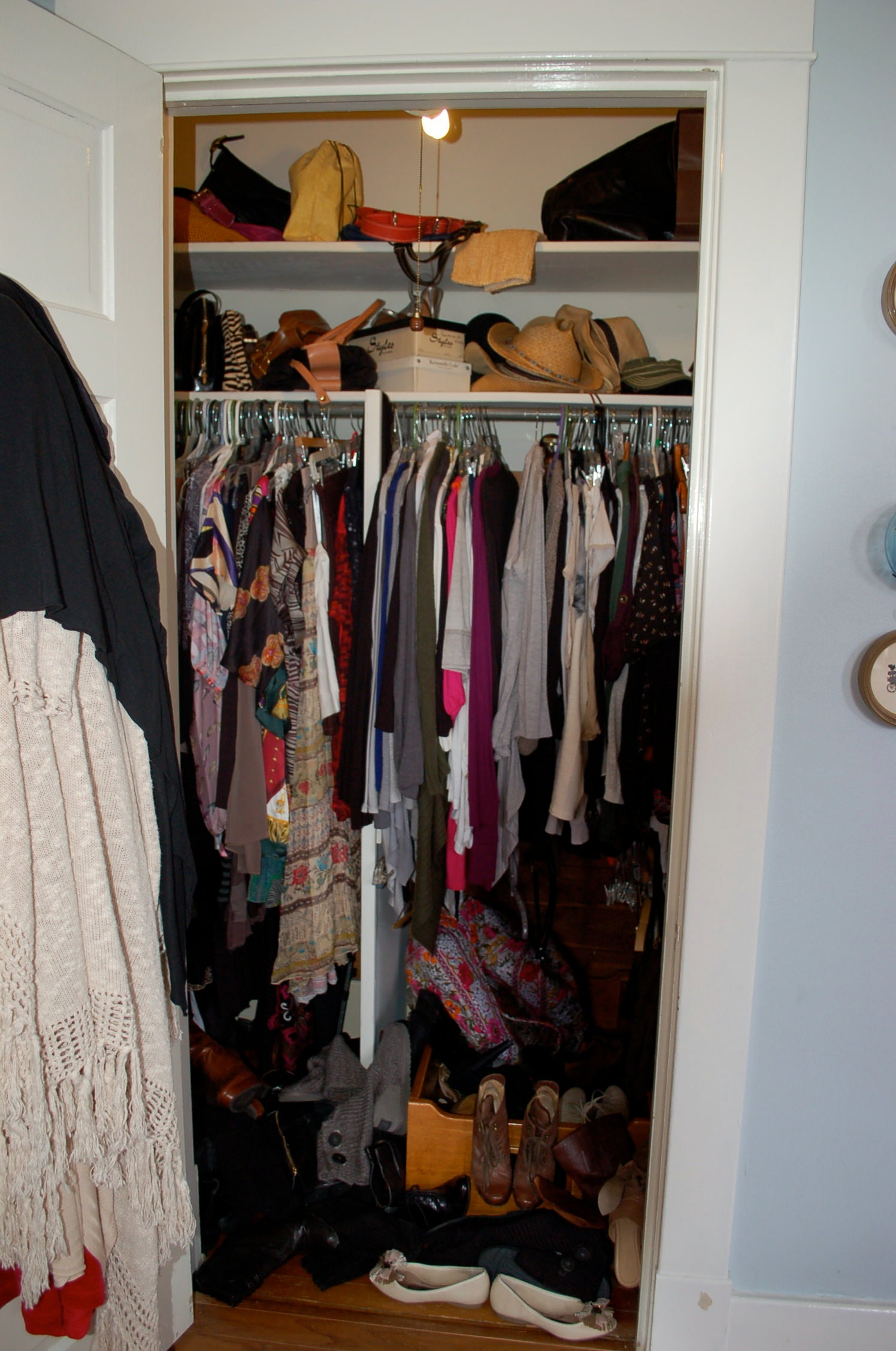 Messy Closet, unorganized, lots of clothes, womens clothes