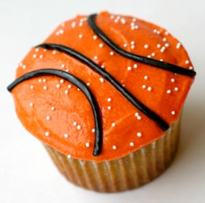 basketball cupcakes, sports theme cupcakes, cupcake recipe, sports cupcakes