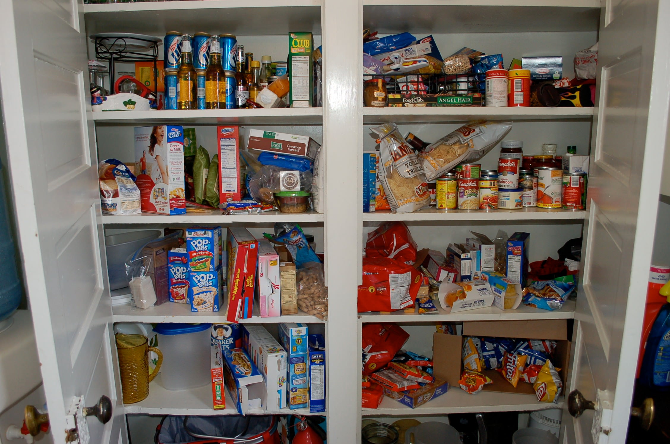 Kitchen pantry, messy pantry, kitchen food, lots of food