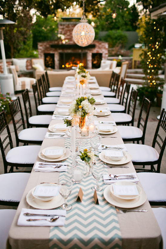 how to set a table, table decor, party planning, how to organize a party, farm table decor, baby shower ideas, baby shower idea