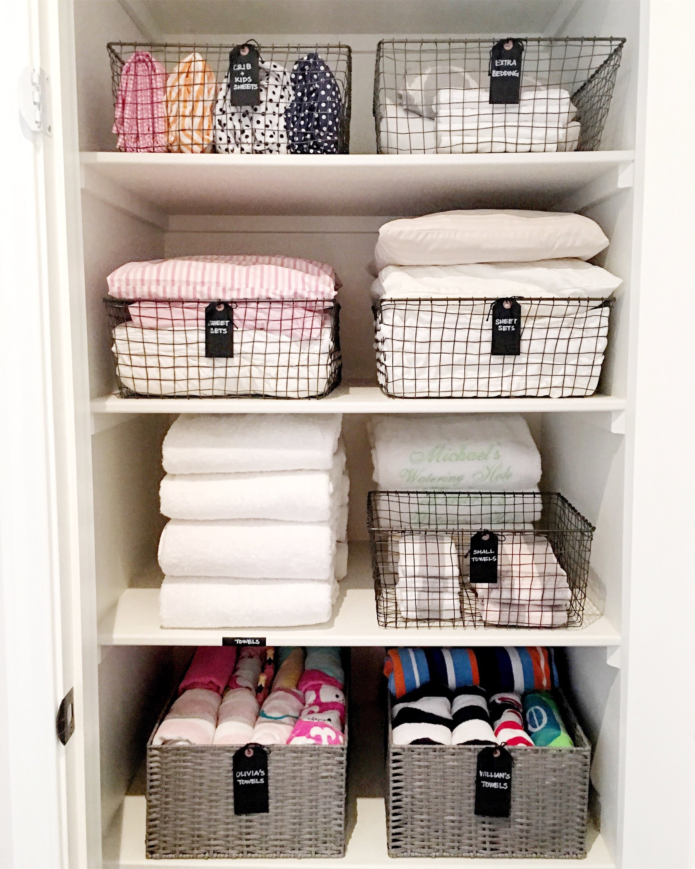 bathroom organization, bathroom organizing, bathroom inspiration, design ideas, design inspiration, neat spaces, linen closets, linen organization, baskets