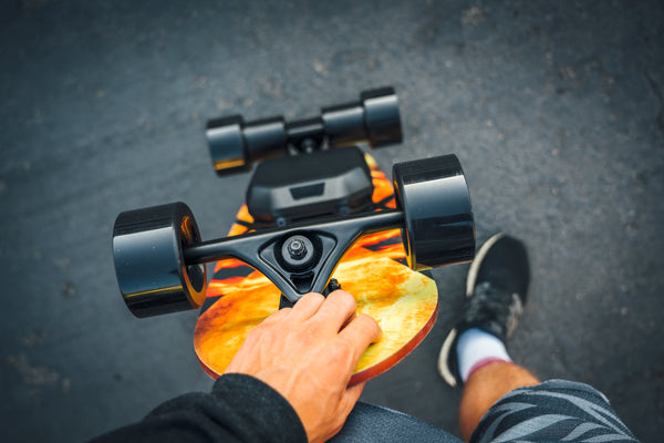 Electric skateboard with kicktail POV