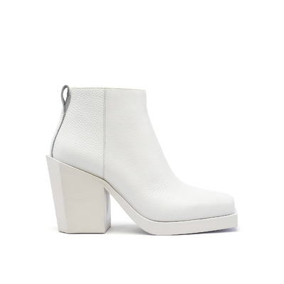 SRxUN Ankle Boot Womens White out view