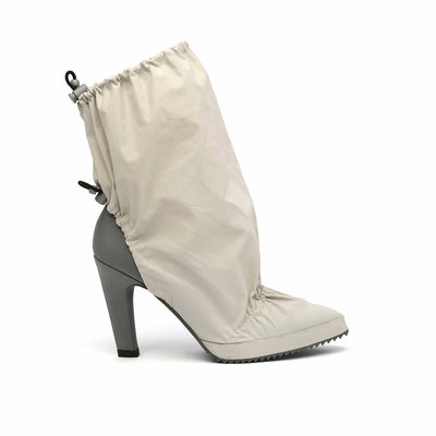 cover bootie off white out view