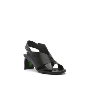 spark sandal mid black angle out view
