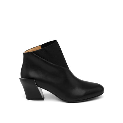 wrap bootie mid black out view