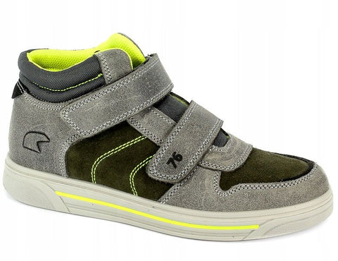 Hummel Arona  Sandals With Mesh Upper and Lightweight Aerotech Sole