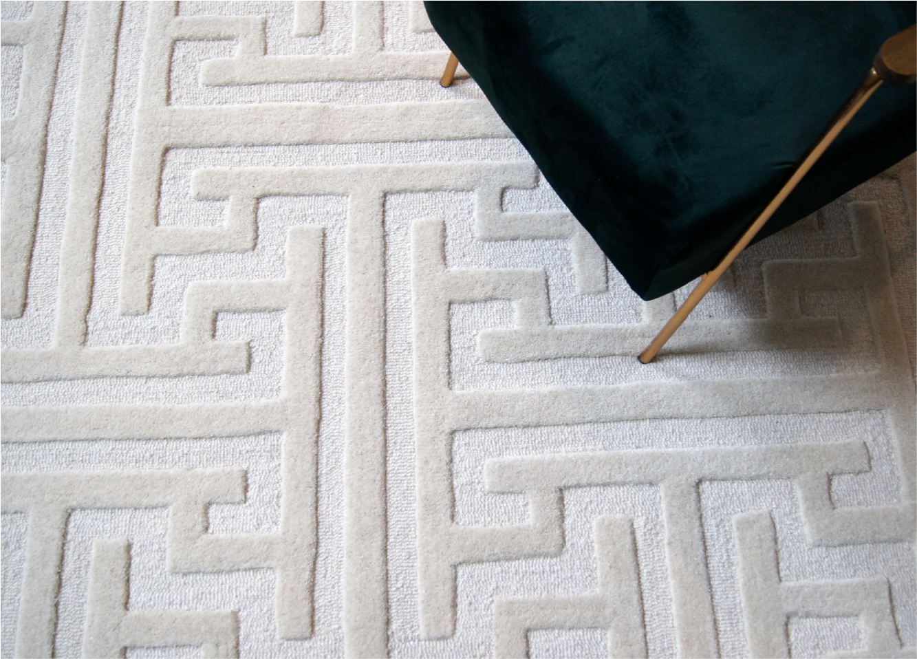 handmade area rug imperium design by kaymanta