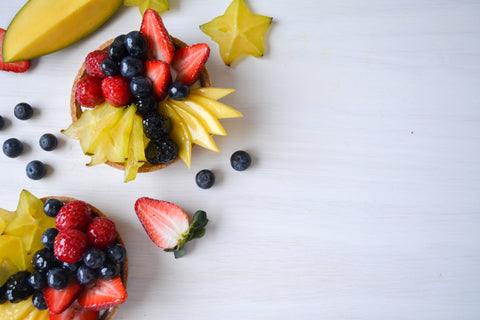 fruit tarts with pastry cream and apricot glaze