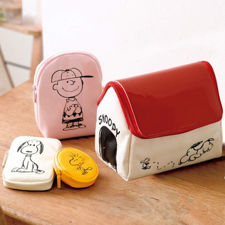 Peanuts - Set de Cartuchera Casa de Snoopy y 3 Estuches