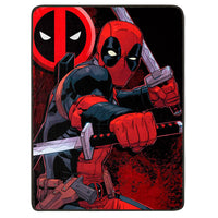 "Marvel - Manta Polar de los Deadpool ""Swordsman"" 152 x 117 cm"