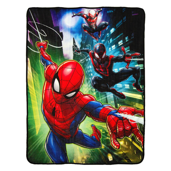 "Marvel - Manta Polar de Spider-Man ""Swing City""-Pokemón-Monono-Peru"
