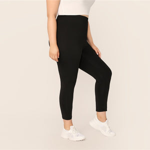 Plus Size Black Solid Leggings