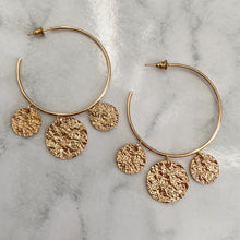 Load image into Gallery viewer, The Disc Earrings