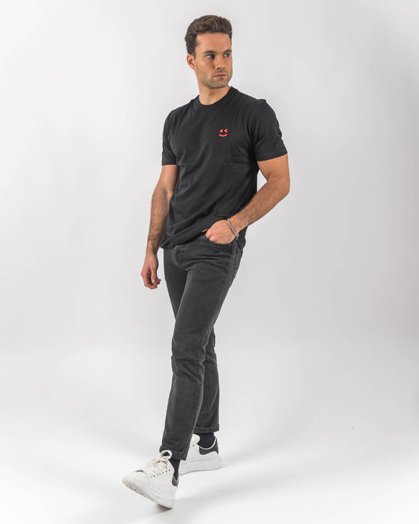 Black T-shirt with Smile Embroided