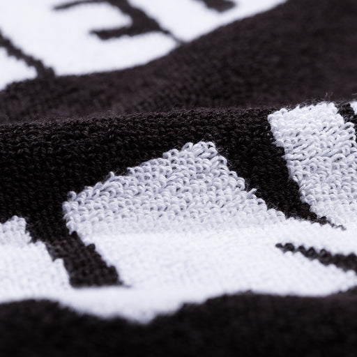UNDEFEATED REPEAT HAND TOWEL - BLACK/WHITE Image 4