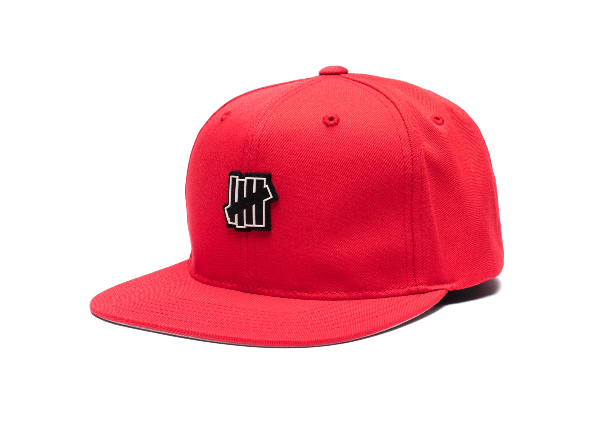 UNDEFEATED RUBBER ICON STRAPBACK