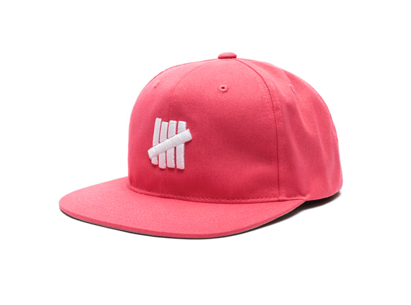 UNDEFEATED ICON SNAPBACK