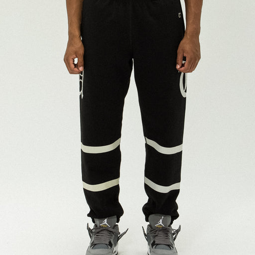 UNDEFEATED O.E. SWEATPANT Image 15