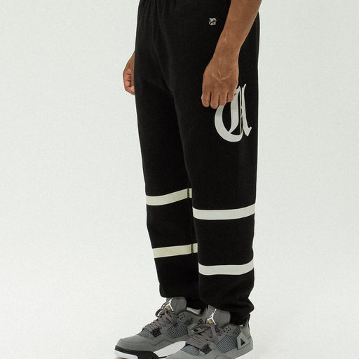 UNDEFEATED O.E. SWEATPANT Image 16