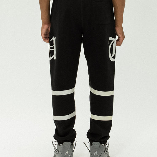 UNDEFEATED O.E. SWEATPANT Image 18